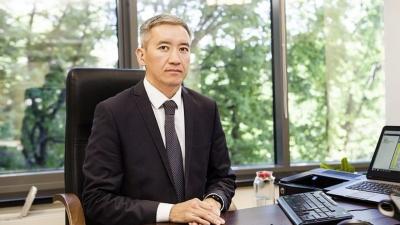 Асрандиев: Мамлекеттик бюджеттин чыгашалары 10 млрд сомго кыскарды