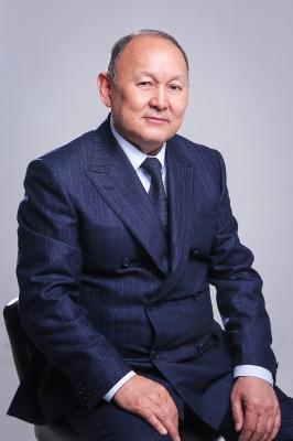 """Эмил АБДЫКАДЫРОВ, """"Нур строй"""" курулуш компаниясынын башкы директору:  """"Чоң иштер кичинекей кыялдардан башталат"""""""