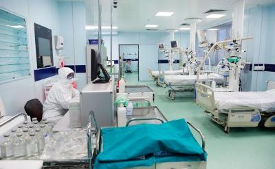 26-май: Бир суткада 7 медкызматкер коронавирус жуктуруп алган