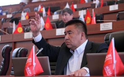 Коомдук ишмер, экс-депутат Болот Шер жарык дүйнө менен кош айтышты
