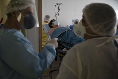26-июнга карата Кыргызстанда коронавирус жуктурган жаңы 250 учур катталды.