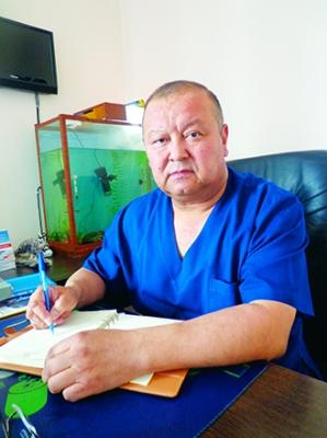 """Сарбагыш ИМАНАЛИЕВ, реаниматолог: """"Статистикада реаниматологдор пенсияга чыга элек жашында көз жумушат экен"""""""