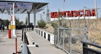 1-сентябрда Өзбекстан кыргызстандыктар үчүн чек арасын ачты