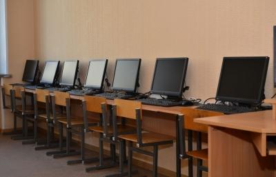 Республикадагы мектептерге 25 миңден ашуун компьютер берилет