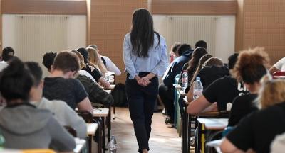 165 кыргызстандык студент чет элдик жогорку окуу жайларга тапшырды