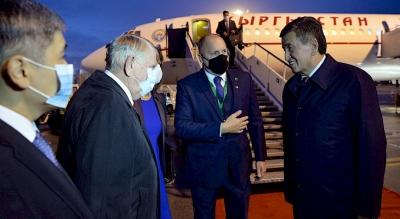 Жээнбеков Венгрияга расмий визит менен барды