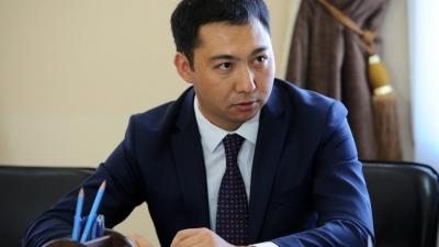 Азамат Жаманкулов министрлик кызматында калтырылды