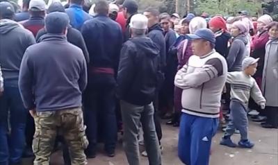 Жети-Өгүз районунда тургундар прокуратурага кол салышты
