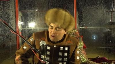 14 саат 27 мүнөттө Дөөлөт Сыдыков манас айтуусун токтотту