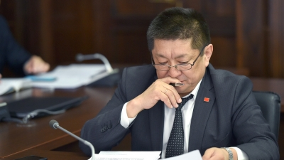 Экс-министр Космосбек Чолпонбаевге операция жасалды