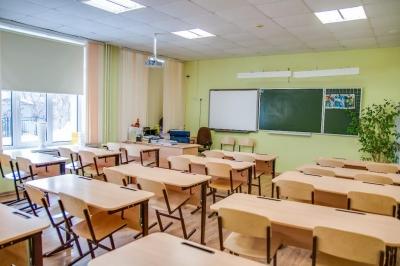 Бишкектеги атайын билим берүү уюмдары балдарды кадимки режимде окутууга даярданууда