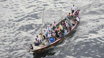 Бангладеште кыз өзүнүн үйлөнүү тою учурунда сууга чөгүп каза болду