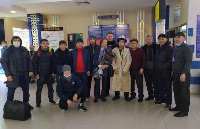 Эркин күрөш боюнча балбандар Бишкекке келишти