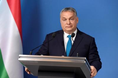 Венгриянын премьери Жапаровду  куттуктады