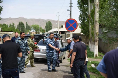 Ички иштер министри Улан Ниязбеков Баткен облусуна барды