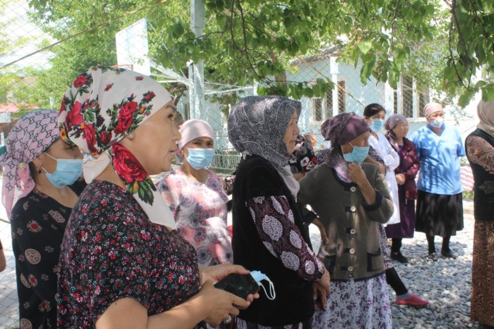 Баткен облусундагы эвакуацияланган жарандар үйлөрүнө жөнөтүлдү