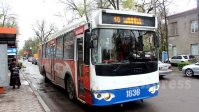 Бүгүн Бишкек шаарынын транспорттору түн ортосуна чейин каттайт