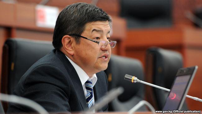 """Акылбек Жапаров: """"Кумтөр Голд"""" Кыргызстанга жалпы 10 млрд доллар төлөөгө милдеттүү"""""""